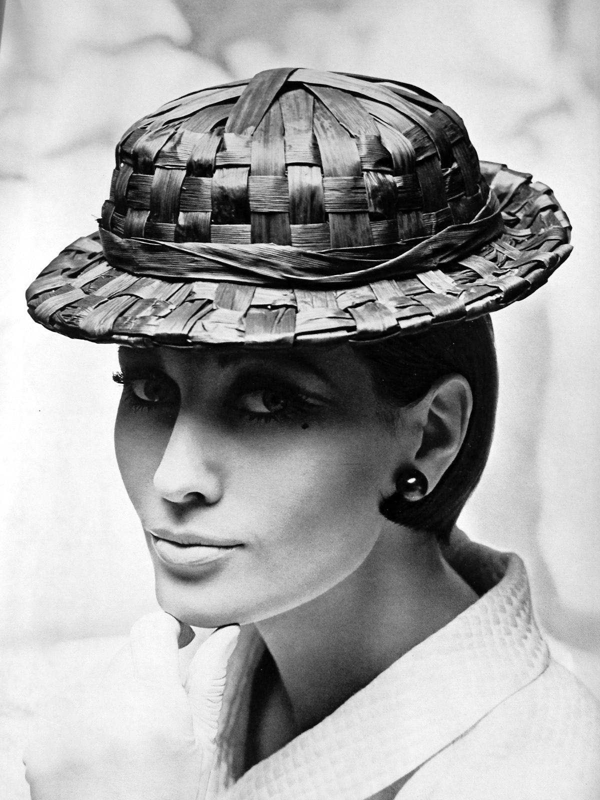 Chapeaux Modèles été 1965